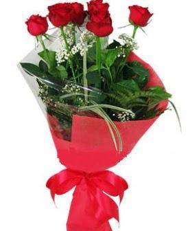 5 adet kırmızı gülden buket  Şırnak online çiçekçi , çiçek siparişi