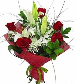 1 dal kazablanka 5 kırmızı gül buketi  Şırnak online çiçekçi , çiçek siparişi