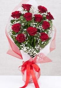 11 kırmızı gülden buket çiçeği  Şırnak çiçek online çiçek siparişi