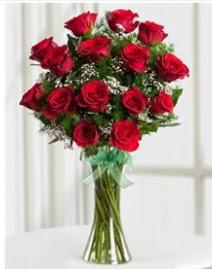 Cam vazo içerisinde 11 kırmızı gül vazosu  Şırnak çiçek servisi , çiçekçi adresleri