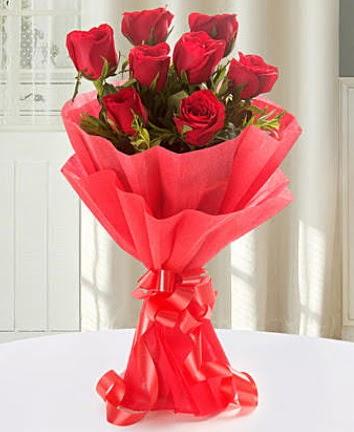 9 adet kırmızı gülden modern buket  Şırnak çiçek gönderme