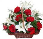 sepette gül ve kazablankalar   Şırnak çiçekçiler