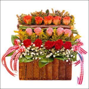 sandikta 3 kat güllerden   Şırnak anneler günü çiçek yolla