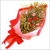 12 adet renkli  gül buketi   Şırnak çiçekçiler