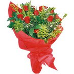 10 adet kirmizi gül buketi  Şırnak çiçek satışı