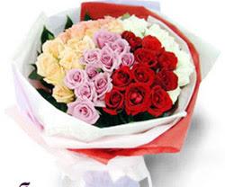 SEVENLERE ÖZEL 51 ADET GÜL  Şırnak çiçek siparişi vermek