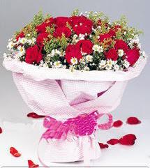 Şırnak çiçek siparişi vermek  12 ADET KIRMIZI GÜL BUKETI