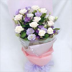 Şırnak çiçek siparişi vermek  BEYAZ GÜLLER VE KIR ÇIÇEKLERIS BUKETI