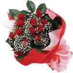 Şırnak çiçek siparişi vermek  KIRMIZI AMBALAJ BUKETINDE 12 ADET GÜL