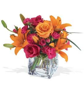 Şırnak yurtiçi ve yurtdışı çiçek siparişi  cam içerisinde kir çiçekleri demeti