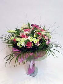 Şırnak internetten çiçek satışı  karisik mevsim buketi mevsime göre hazirlanir.