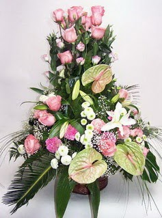 Şırnak çiçek siparişi sitesi  özel üstü süper aranjman
