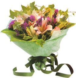 karisik mevsim buketi anneler günü ve sevilenlere  Şırnak çiçekçiler