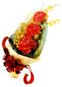 özel 5 adet antorium buketi   Şırnak çiçekçi telefonları