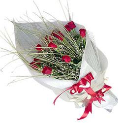 Şırnak İnternetten çiçek siparişi  11 adet kirmizi gül buket- Her gönderim için ideal