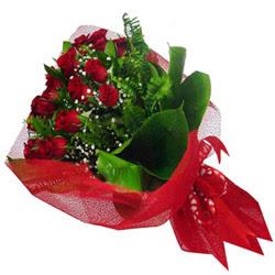 Şırnak online çiçekçi , çiçek siparişi  12 adet kirmizi essiz gül buketi - SEVENE ÖZEL