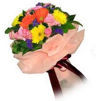 Şırnak çiçekçiler  Karisik mevsim çiçeklerinden demet