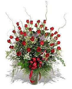 Şırnak internetten çiçek siparişi  33 adet kirmizi gül vazo içerisinde
