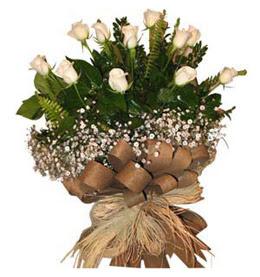 Şırnak ucuz çiçek gönder  9 adet beyaz gül buketi