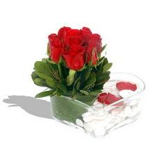 Mika kalp içerisinde 9 adet kirmizi gül  Şırnak güvenli kaliteli hızlı çiçek