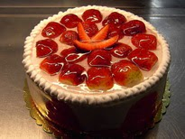 Meyvali yas pasta 4 ile 6 kisilik pasta  Şırnak internetten çiçek siparişi