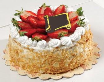 uygun pastaneler 4 ile 6 kisilik çilekli yas pasta lezzetli  Şırnak cicekciler , cicek siparisi