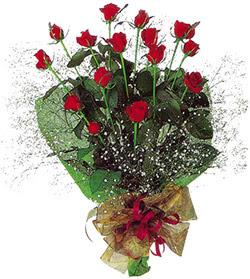 11 adet kirmizi gül buketi özel hediyelik  Şırnak çiçekçiler