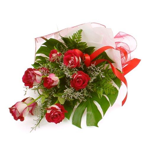 çiçek gönder 7 adet kirmizi gül buketi  Şırnak online çiçekçi , çiçek siparişi