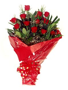 12 adet kirmizi gül buketi  Şırnak online çiçek gönderme sipariş