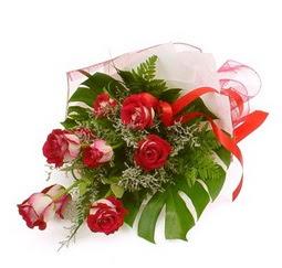 Çiçek gönder 9 adet kirmizi gül buketi  Şırnak cicekciler , cicek siparisi