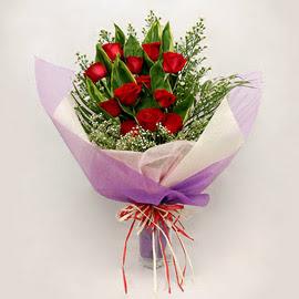 çiçekçi dükkanindan 11 adet gül buket  Şırnak çiçekçiler