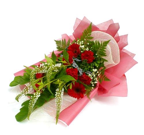 Karisik çiçek buketi mevsim buket  Şırnak internetten çiçek siparişi