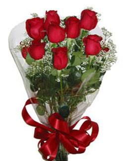 Çiçek sade gül buketi 7 güllü buket  Şırnak uluslararası çiçek gönderme