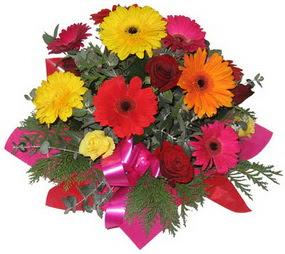 Karisik mevsim çiçeklerinden buket  Şırnak çiçek mağazası , çiçekçi adresleri