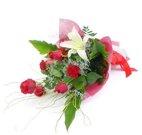 Mevsim çiçeklerinden karisik buket  Şırnak 14 şubat sevgililer günü çiçek
