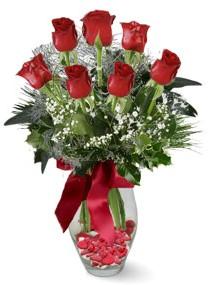 7 adet vazoda gül  Şırnak çiçek siparişi vermek  kirmizi gül