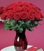 Şırnak kaliteli taze ve ucuz çiçekler  11 adet Vazoda Gül sevenler için ideal seçim