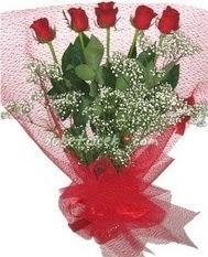 5 adet kirmizi gülden buket tanzimi  Şırnak çiçek satışı