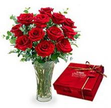 Şırnak çiçekçiler  10 adet cam yada mika vazoda gül çikolata