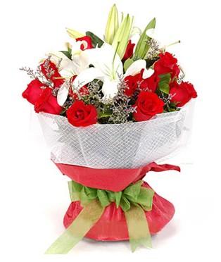 Şırnak internetten çiçek satışı  1 dal kazablanka 11 adet kırmızı gül buketi