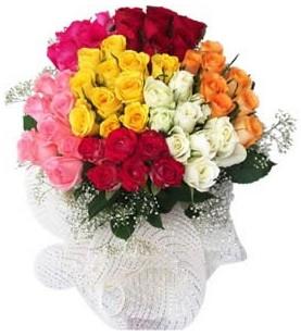 Şırnak ucuz çiçek gönder  51 adet farklı renklerde gül buketi
