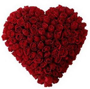 Şırnak çiçekçiler  muhteşem kırmızı güllerden kalp çiçeği