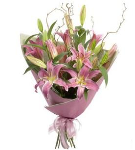 Şırnak çiçek gönderme  3 dal cazablanca buket çiçeği