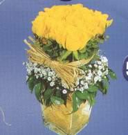 Şırnak çiçek servisi , çiçekçi adresleri  Cam vazoda 9 Sari gül