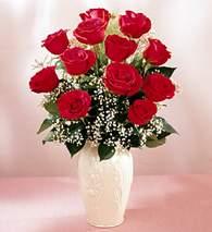 Şırnak çiçekçiler  9 adet vazoda özel tanzim kirmizi gül