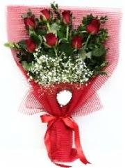 7 adet kırmızı gülden buket tanzimi  Şırnak 14 şubat sevgililer günü çiçek