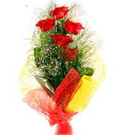 5 li kırmızı gül buketi  Şırnak çiçek siparişi vermek