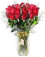 27 adet vazo içerisinde kırmızı gül  Şırnak çiçek gönderme
