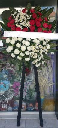Cenaze çiçeği cenaze çiçek modelleri  Şırnak internetten çiçek siparişi