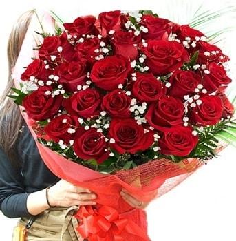 Kız isteme çiçeği buketi 33 adet kırmızı gül  Şırnak çiçekçi telefonları